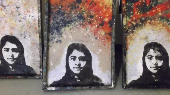 38) Malala,peacepaper3